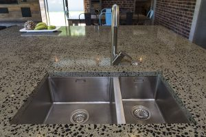 Double stainless steel undermounted sink