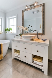 Classic cathroom cabinets