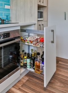 Oil and spice rack pull-out