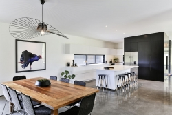 White and minimal look kitchen with black highlights