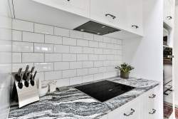 White subway tile splashback