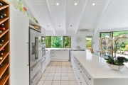L shaped kitchen with island