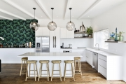 Contemporary kitchen with a balinese flavour