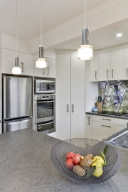 Small kitchen with lots of features