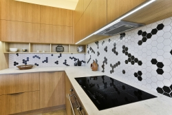 Wrap-around splashback