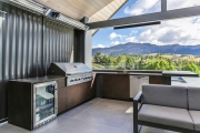 Outdoor kitchen with dishwasher