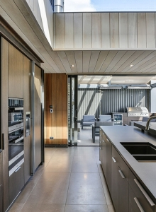 Galley kitchen - indoor outdoor flow