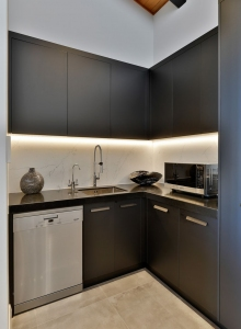 Class Act - Black Kitchen Scullery