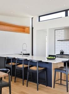 Au naturale - L shape kitchen