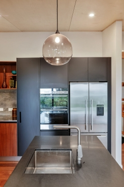 Appliances subtly placed and  not overwhelming this kitchen