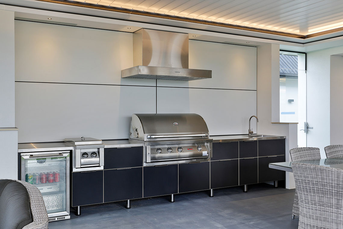 Brushed stainless steel bench - outdoor kitchen