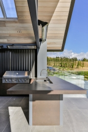 Outdoor kitchen benchtop