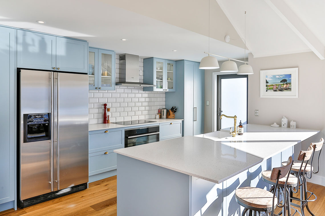Modern country shaker-style kitchen