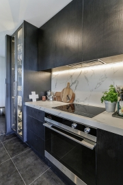 Matching benchtop and splashback with LED strip lights