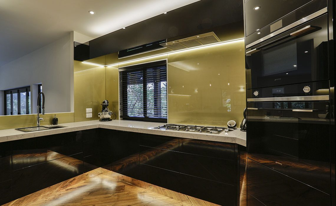 Black and gold kitchen 8