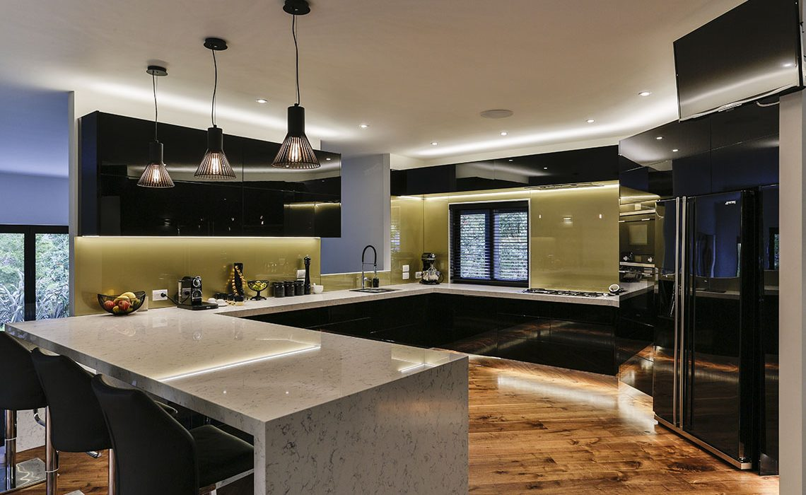 Black and gold kitchen 4