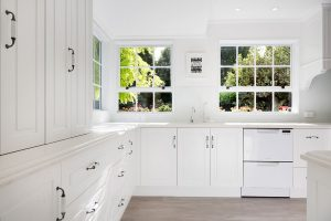 white u shaped country kitchen