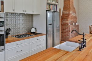 country kitchen feature splashback timber benchtop